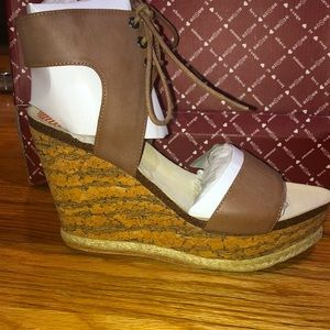 NWT Platform Leather lace up BOHO WEDGE sandal 8.5